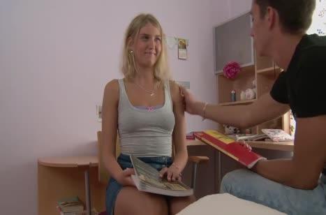 Помог девушке с экзаменом в обмен на перепихон