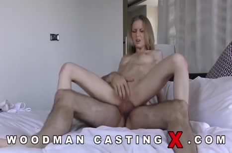 Кастинг в кино оказался обычной любительской порнухой